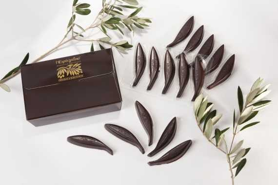 Dark chocolate confectioneries with 16.4% olive oil