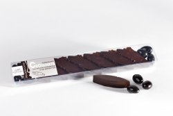 Dark chocolate with almonds and roasted hazelnuts